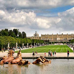 A view of the palace of Versailles in Paris, France, where the treaty to end WWI was signed.