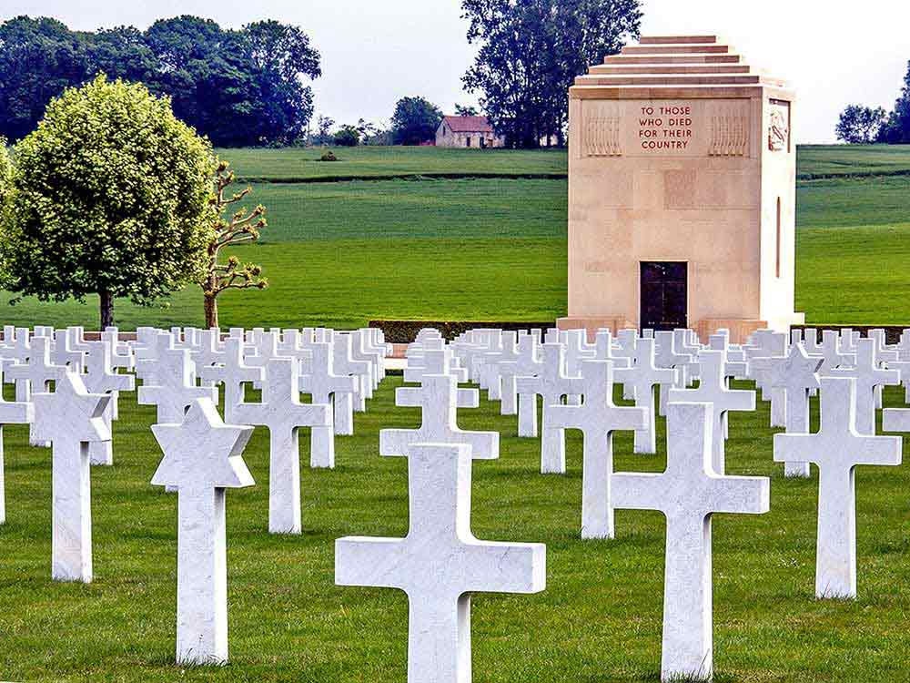 War Graves & Cemeteries of American soldiers from the WW1 Somme Battlefields in France.